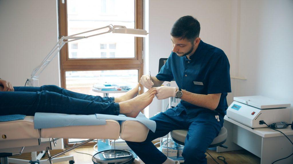 Problemi sa noktima i stopalima? Potražite PODOLOG